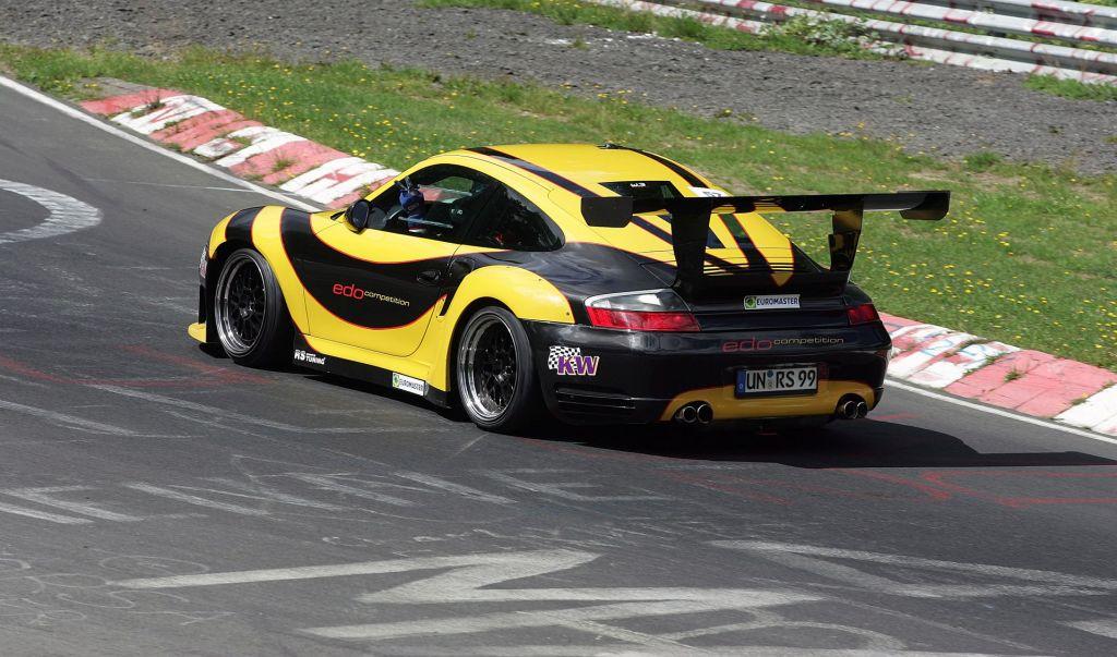 Edo-Competition - Porsche 997 GT2 RS Maya l'Abeille