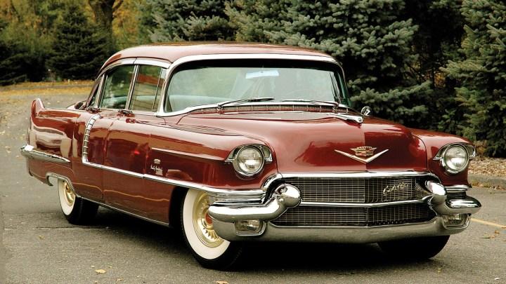 Cadillac Maharani Special 1956 – Une sellerie est en peau de serpent