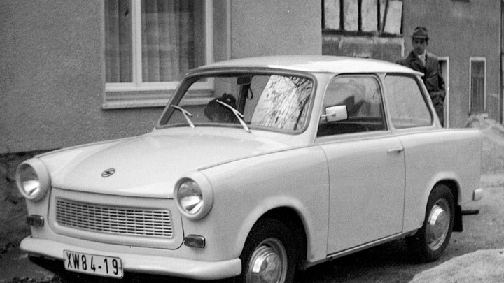 Trabant produite entre 1957 et 1990 par l'usine est-allemande AWZ