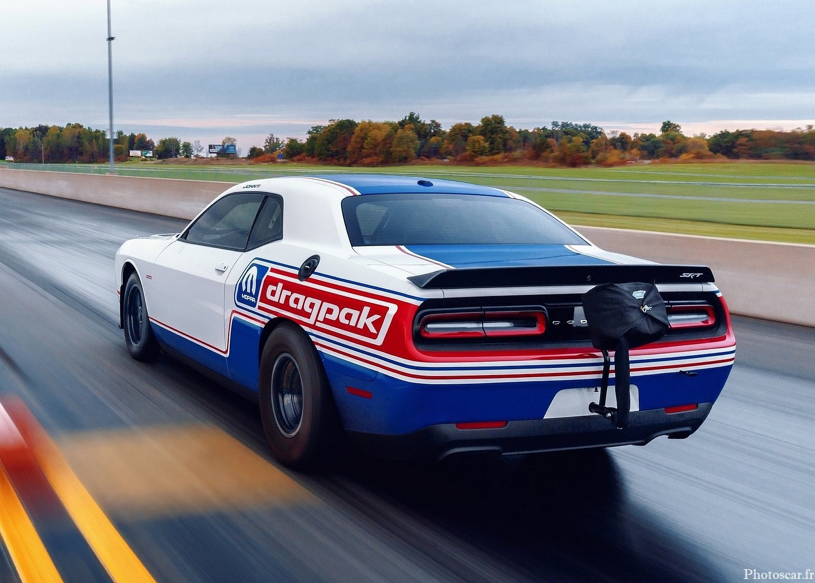 Dodge Challenger Mopar Drag Pak 2021