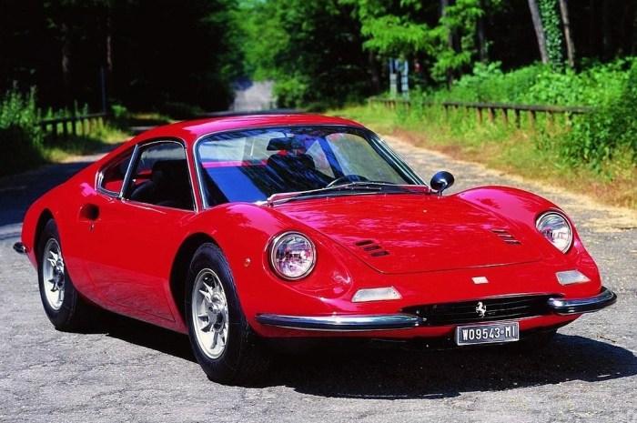 Ferrari Dino 246 GT – La Dino procurent la plus grande des satisfactions