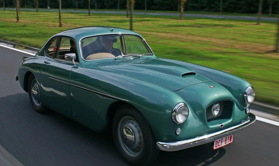 La Bristol 404 est une voiture de sport légendaire des années 50