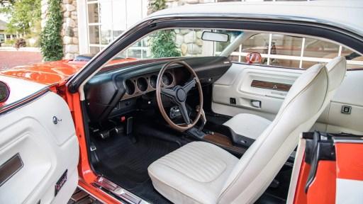 Dodge Hemi Challenger RT 1971