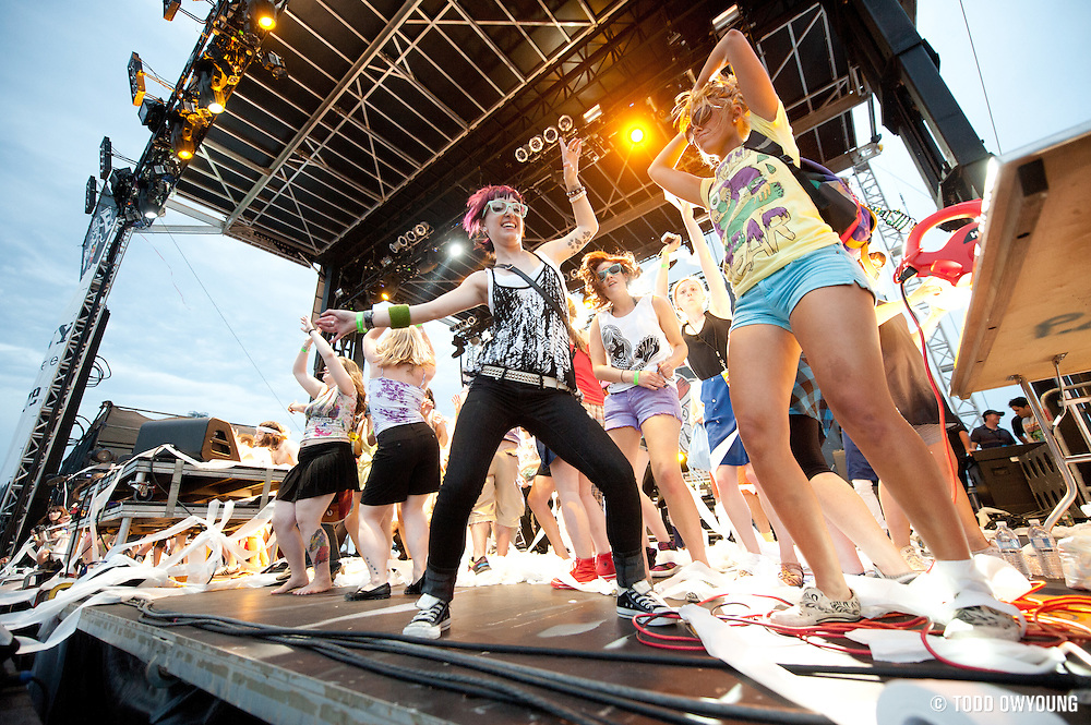 Photos of mash up artist Gregg Gillis, AKA Girl Talk, performing at the Bamboozle Music Festival on May 2, 2010. (Todd Owyoung)