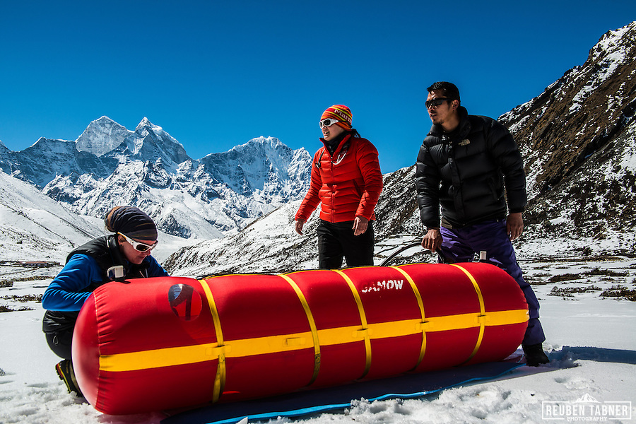 Doctors of the Himalayan Rescue Association use a Gamow Bag (a portable altitude chamber) to treat a victim of Altitude Illness at Pheriche (4,200m) in the Everest Region of Nepal. (Reuben Tabner/© Reuben Tabner)