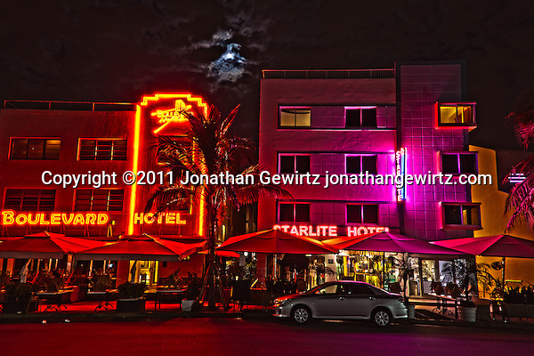 The Boulevard and Starlite hotels on South Miami Beach's Ocean Drive at night. (Copyright 2011 Jonathan Gewirtz jonathan@gewirtz.net)