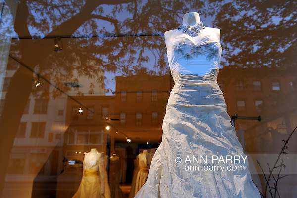 Bridal boutique front window on Atlantic Avenue, Brooklyn, NYC, 2009 (Ann Parry)
