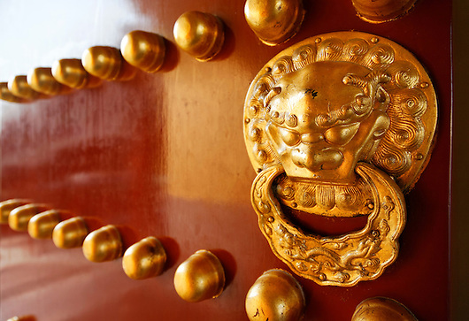 Detail of door from Ming dynasty architecture, Temple of Heaven Park, Beijing, China, Asia (Brad Mitchell/Brad Mitchell Photography)