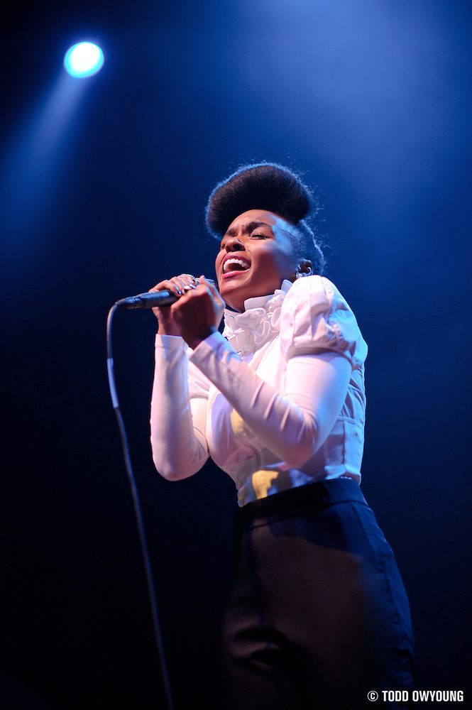 Photos of funk singer Janelle Mon�¡e performing at the Pageant in St. Louis on October 21, 2010. (�© Todd Owyoung)
