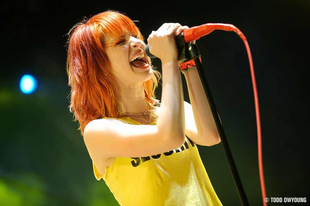 Paramore performing at The Bamboozle in East Rutherford, New Jersey on May 1, 2010. (© Todd Owyoung)