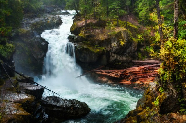 Silver Falls, one of the most spectacular and violent waterfalls to be seen on Mount Rainier. (Rich Leighton)