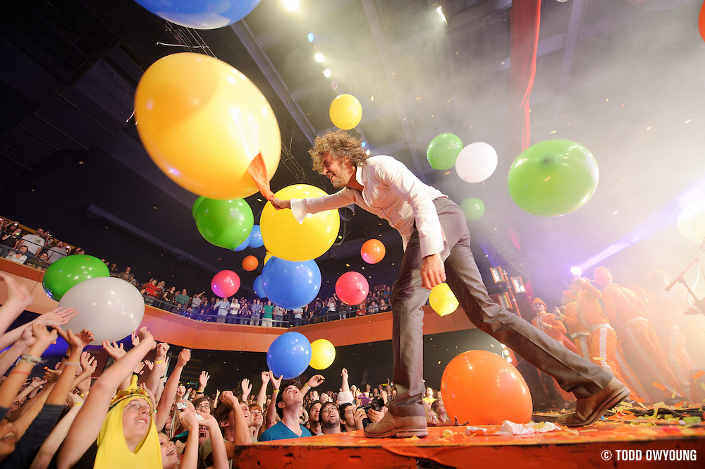 Photos of American rock band The Flaming Lips performing at the Pageant in St. Louis on September 17, 2010. (Todd Owyoung)