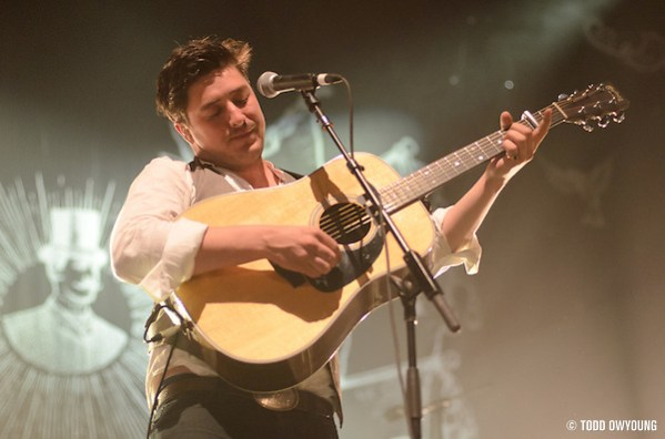 Mumford and Sons performing at the Pageant in St. Louis on June 5, 2011. (Todd Owyoung)