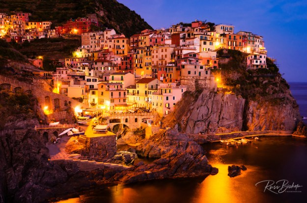 Evening light in Manarola, Cinque Terre, Liguria, Italy (© Russ Bishop/www.russbishop.com)