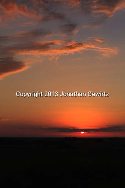 The sun sets over sawgrass prarie in the Shark Valley section of Everglades National Park, Florida. (Jonathan Gewirtz   jonathan@gewirtz.net)