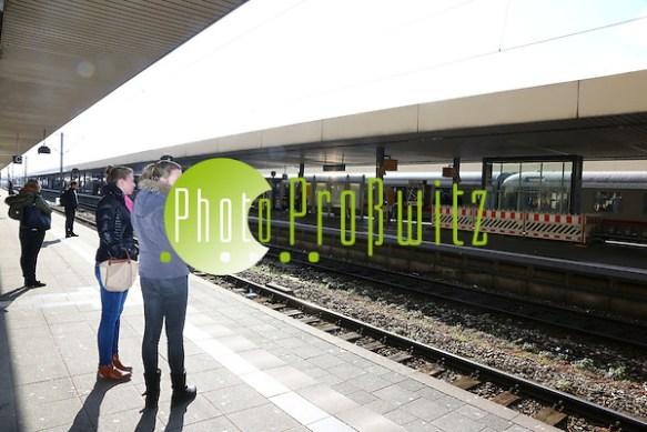Mannheim. 07.03.16 Am Hauptbahnhof in Mannheim ist es wegen einer Stellwerksstörung am Montag zu starken Verspätungen im Zugverkehr gekommen. Mehr als zwei Dutzend Fernzüge mussten über Heidelberg umgeleitet werden oder beendeten noch vor Mannheim ihre Fahrt. Betroffen waren zudem etliche Regionalzüge und S-Bahnen, die teils auf Vorortbahnhöfe ausweichen mussten. Es kam zu Verspätungen von bis zu 60 Minuten. Bild: Markus Prosswitz 07MAR16 / masterpress (Bild ist honorarpflichtig - No Model Release!) (Markus Prosswitz / masterpress)