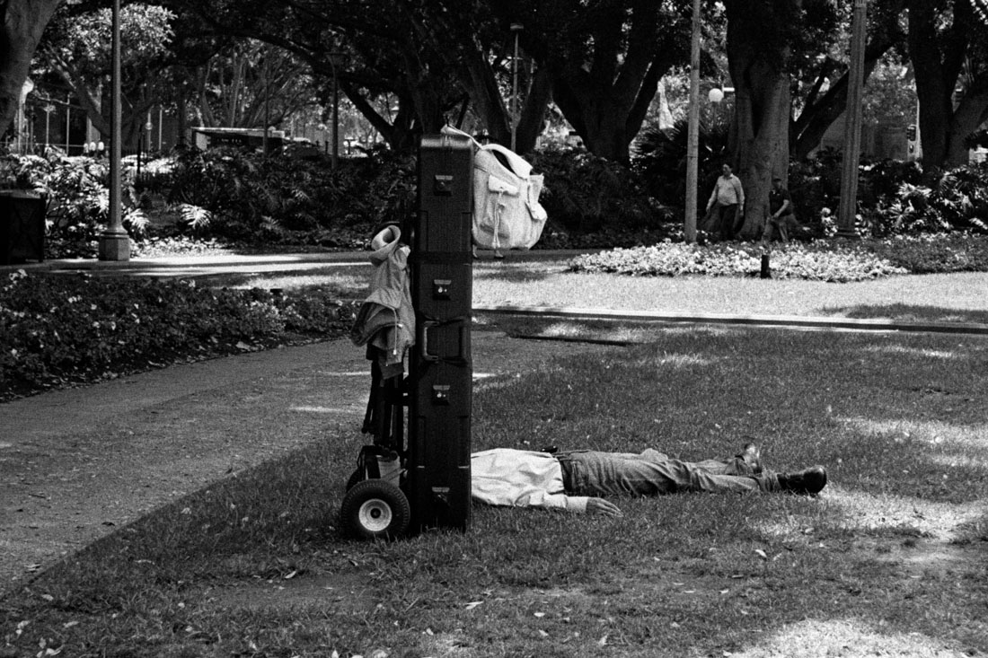 Sleeping headless man, Canon Sure Shot 70 Zoom, Kodak Tri-X 400 @ EI 800