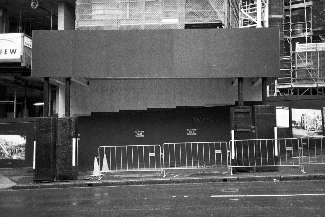 Construction passage | Nikon L35AF | Silberra Ultima 200 Panchrome 200