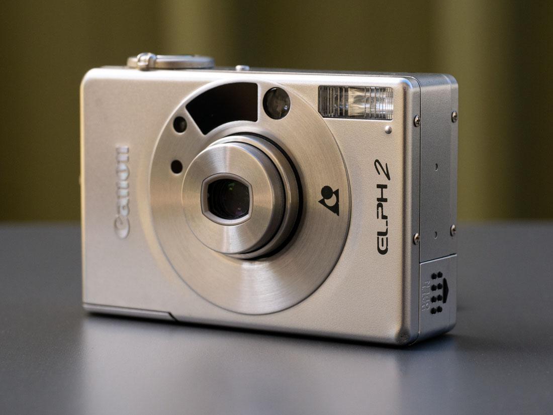 Canon Elph 2