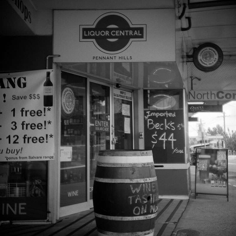 Liquor Central | Bolseyflex | Ilford FP4 Plus