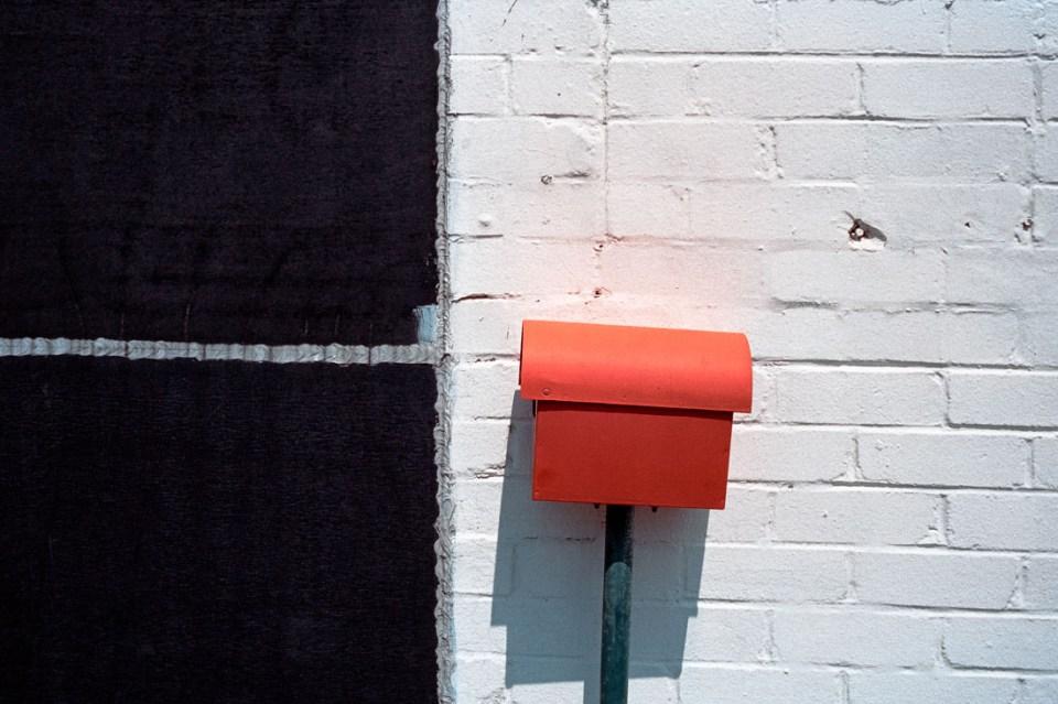 Red letter box | Leica M2 | Carl Zeiss Biogon 35mm f/2 | Kodak Portra 400