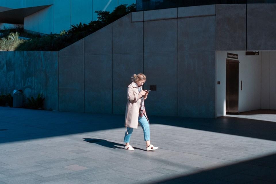 Message in the sun | Nikon F100 | Nikkor 50mm 1:1.8 AF-S G | Fujifilm Press 800