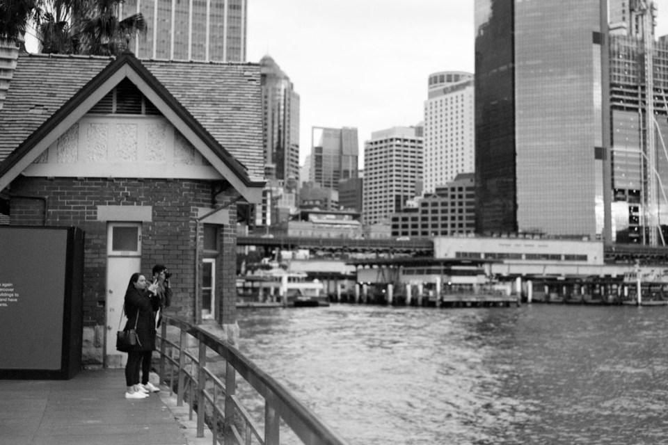 Photographing the harbour | Mamiya Press Super 23 | Sekor 100mm f/3.5 | Kodak Tri-X @ EI 800