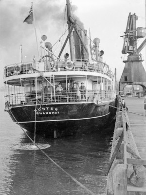SS Hunter at Newcastle, NSW, August 12, 1938.