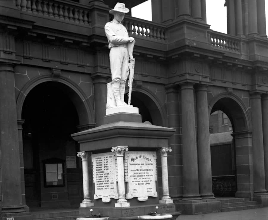 Newcastle's Gardner Memorial: Australia's first Great War soldier statue
