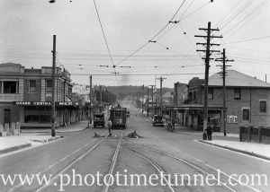 Electric tram at the corner of Glebe Road and Brunker Road (formerly Union Street), Adamstown, March 16, 1935.