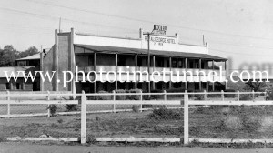 Royal George Hotel, Uralla, NSW, circa 1950s.