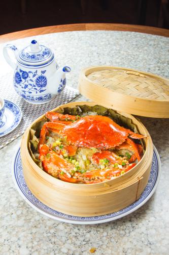【蒸籠蒸原隻肉蟹糯米飯】的美饌素材畫像
