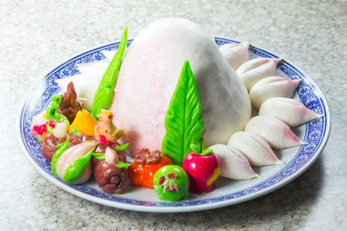 【傳統中式生日必備壽宴壽包拼盤】的餐飲業界向產品