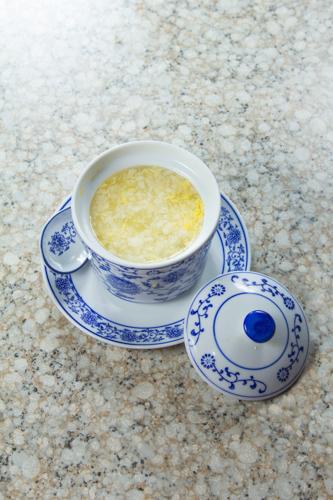 【傳統中式雪耳蛋花糖水】的餐飲業界向產品