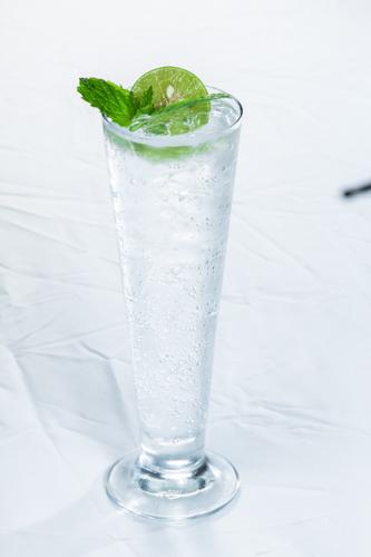 【冰涼透心凍青檸水凍飲】專業食物攝影師的圖片庫