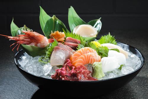 【油甘魚三文魚吞拿魚牡丹蝦魷魚刺身盛合】可以下載的高像素高清食物相