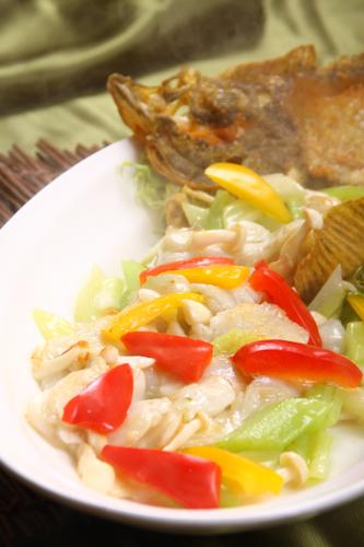 3色ペッパーセロリ魚の切り身・レストランのメニューデザイン用グルメ写真素材