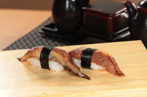 蒲焼うなぎ寿司2貫