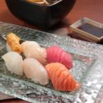Salmon sushi, tuna sushi, sea urchin sushi and sea urchin sushi with inaniwa soup udon set