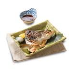 烤鰤魚骹的去背退地食物素材相片