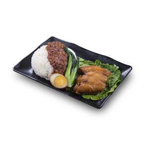 鹵水蛋肉燥雞翼飯的去背退地食物素材相片
