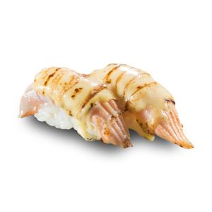 兩件芝士醬火炙油甘魚壽司的去背退地食物素材相片