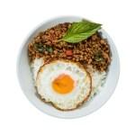 泰式肉碎煎蛋飯的去背退地食物素材相片