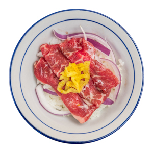生牛肉刺身丼飯的去背退地食物素材相片