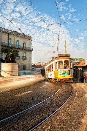 The Tram   Lissabon   © Timo Zilz