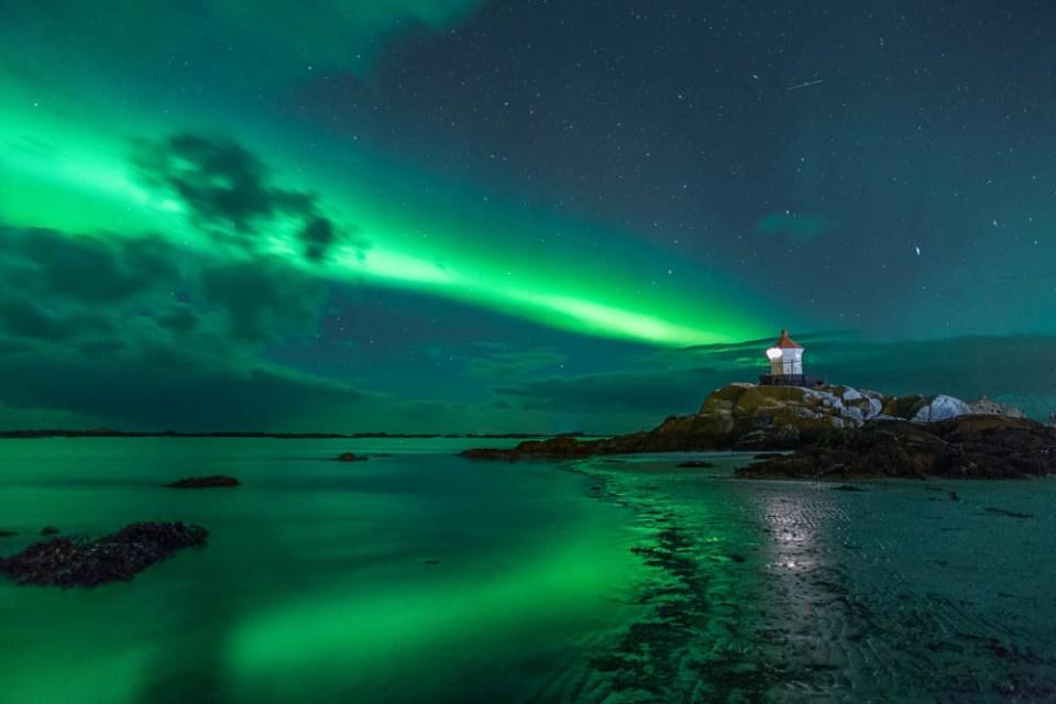 Eggum unter dem Polarlicht   © Ingrid Dierdorf