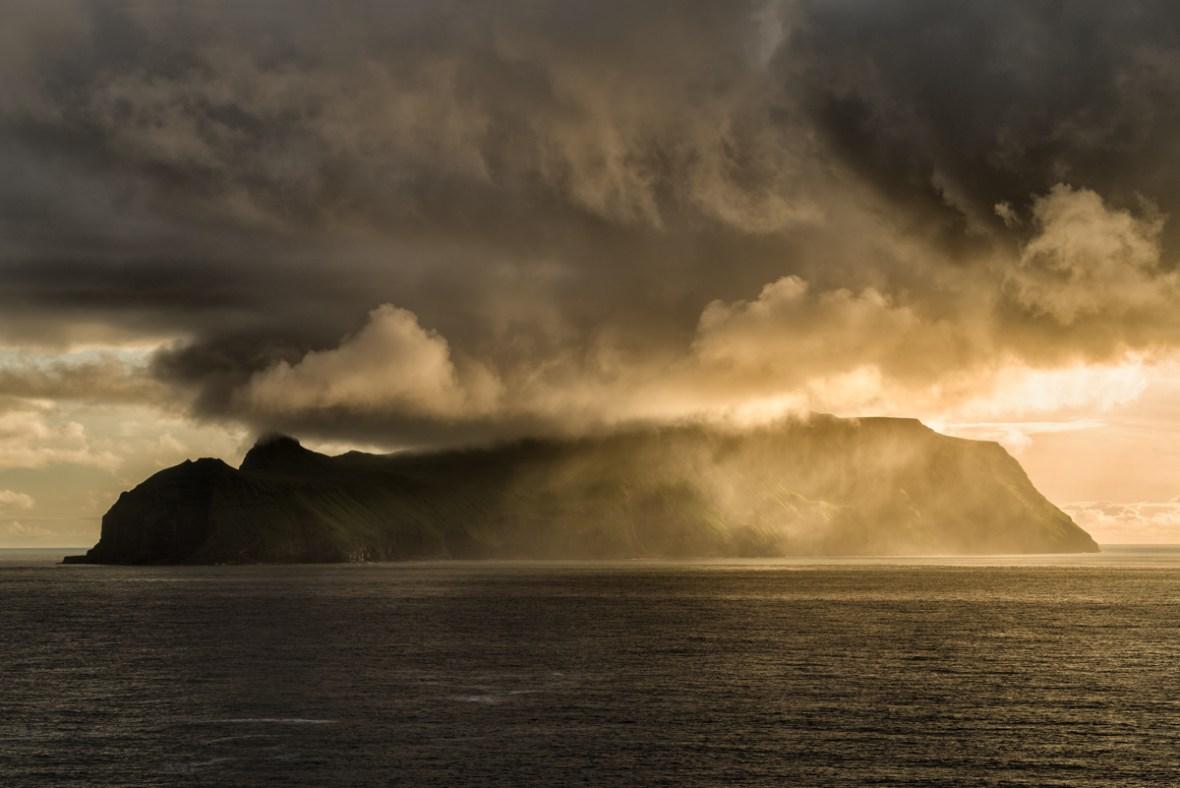 [ i n f l a m m a t o r y ] © Serdar Ugurlu | phototours4u | Faroe Islands