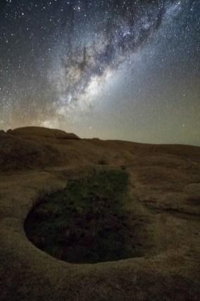 Spitzkoppe und Milchstraße © Raik Krotofil