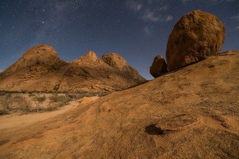 Spitzkoppe at Night © Raik Krotofil