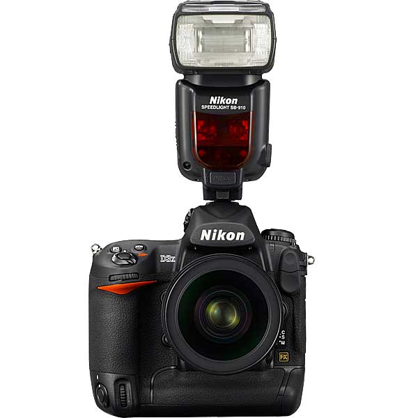Nikon D3X with SB-910 Speedlight